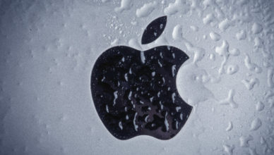 Apple ответила на обвинения Трампа