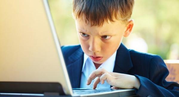 Как обеспечить безопасность детям в интернете?