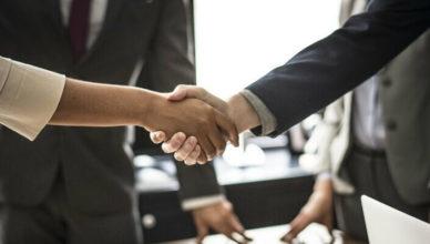 Стоит ли сотрудничать с риэлтерскими компаниями